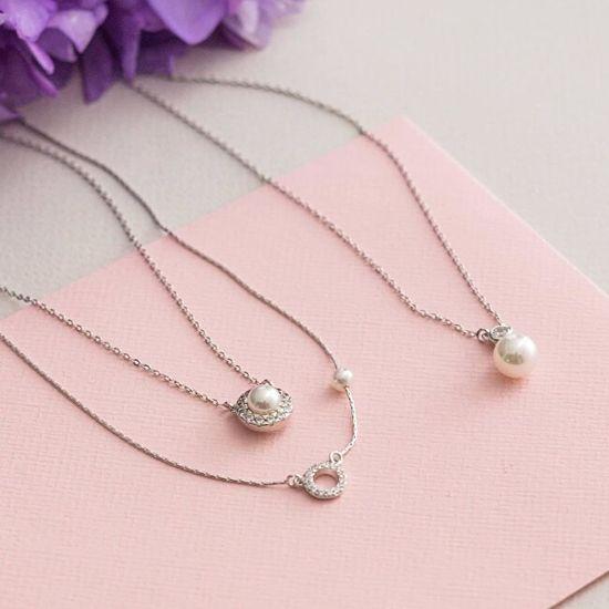Majorica Stříbrný náhrdelník s perlou a kamínky 15254.01.2.000.010.1 stříbro 925/1000