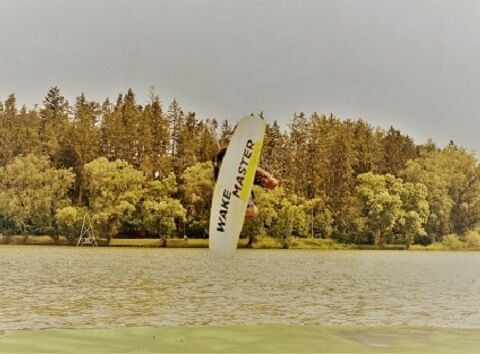 Allegria wakeboard na vleku pro rodiče a 2 děti Jedovnice