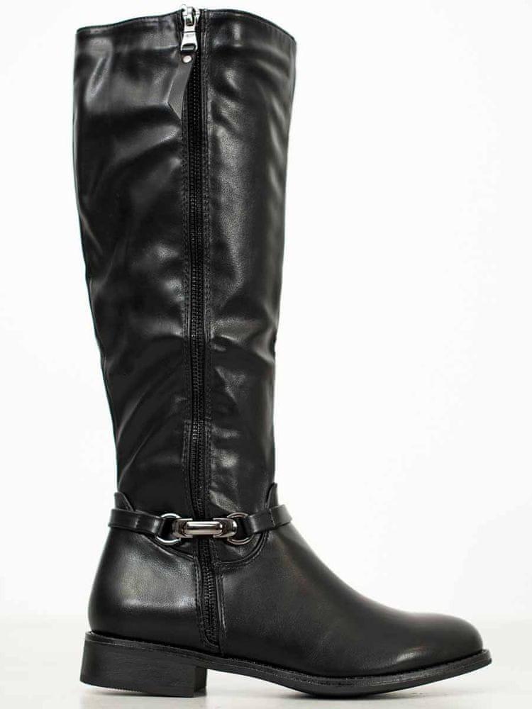 Pěkné dámské černé kozačky na plochém podpatku, černé, 40