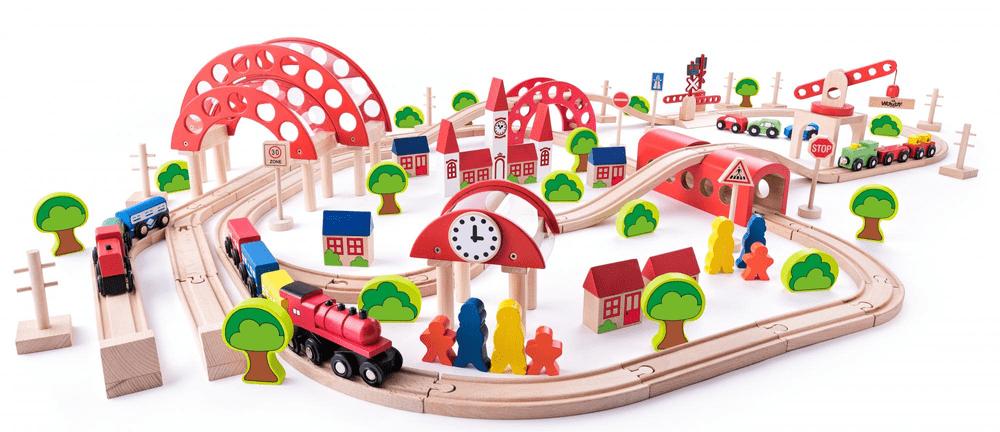 Woody Vláčkodráha s hlavním nádražím, 130 dílů