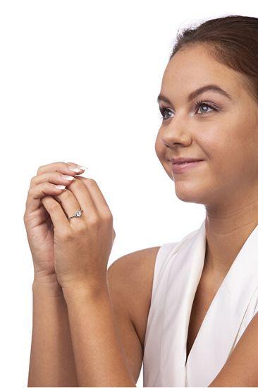 Brilio Silver Srebrni zaročni prstan 426 001 00531 04 srebro 925/1000