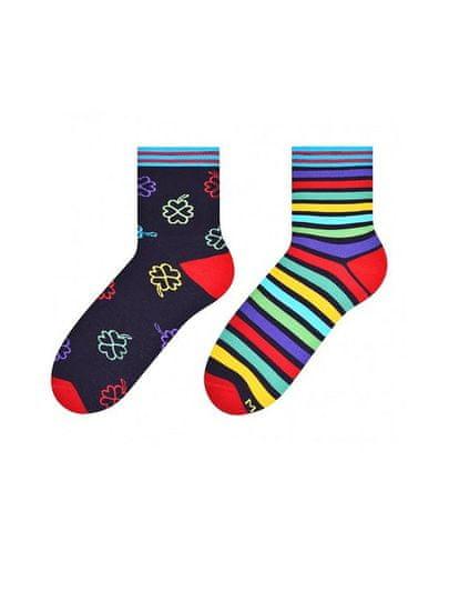 More Dámské nepárové ponožky More 078