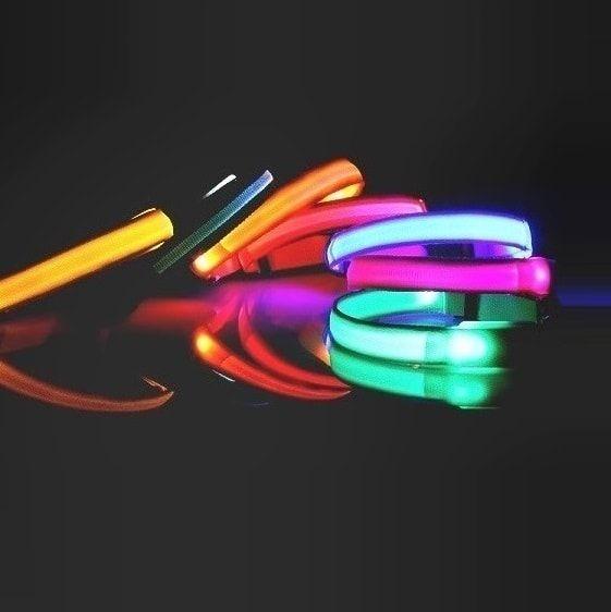 Reedog Colour svíticí obojek pro malé, střední a velké psy - růžová / 32 - 50 cm