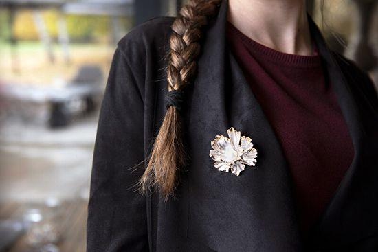 JwL Luxury Pearls Wyjątkowa broszka kwiatowa 2w1 z prawdziwą perłą JL0573
