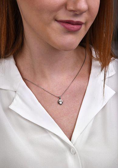 Brilio Silver Srebrni obesek Srce s kristalom 446 001 00388 04 - 1,36 g srebro 925/1000