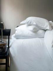 Issimo Saténové obliečky WHITE SERIES 240x200/70x90 cm.