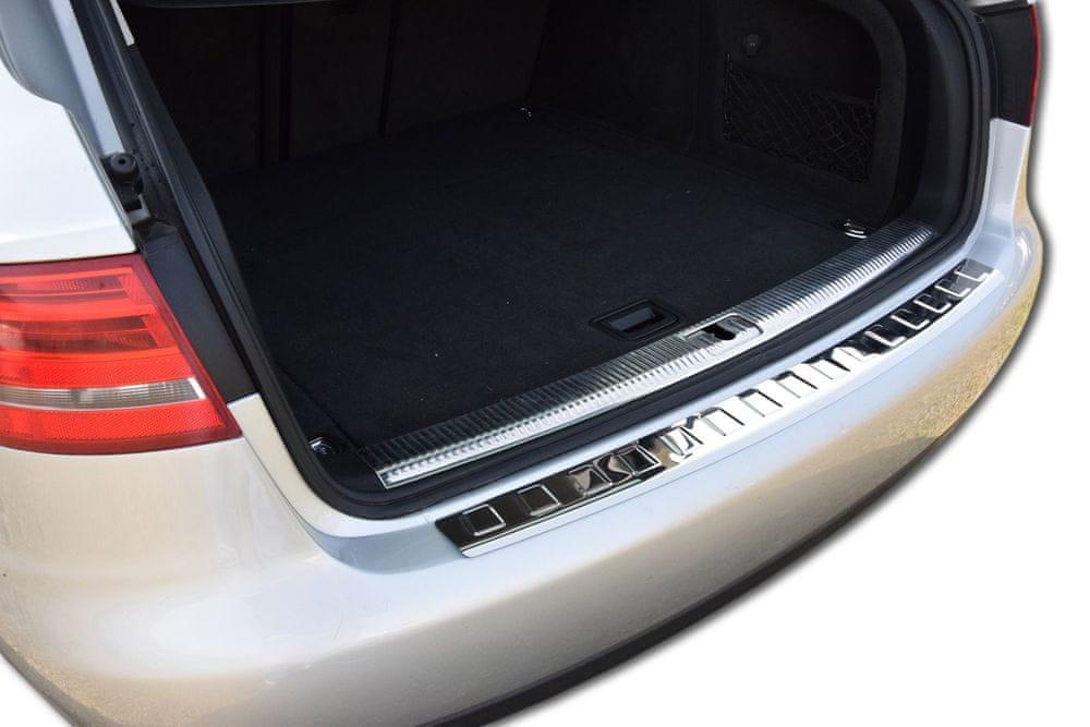 J&J Automotive Nerezový kryt nárazníku Audi A4 B8 Kombi 2007 - 2015