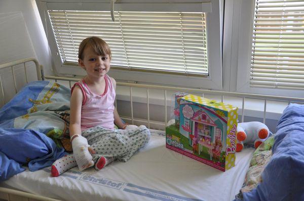Hračky nemocnicím