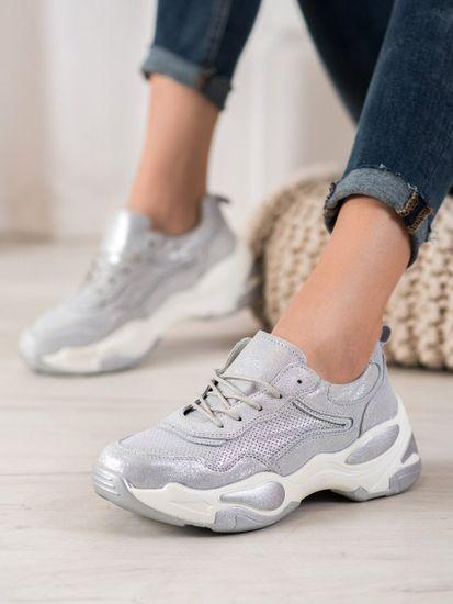 Nőitornacipő 62144 + Nőin zokni Gatta Calzino Strech
