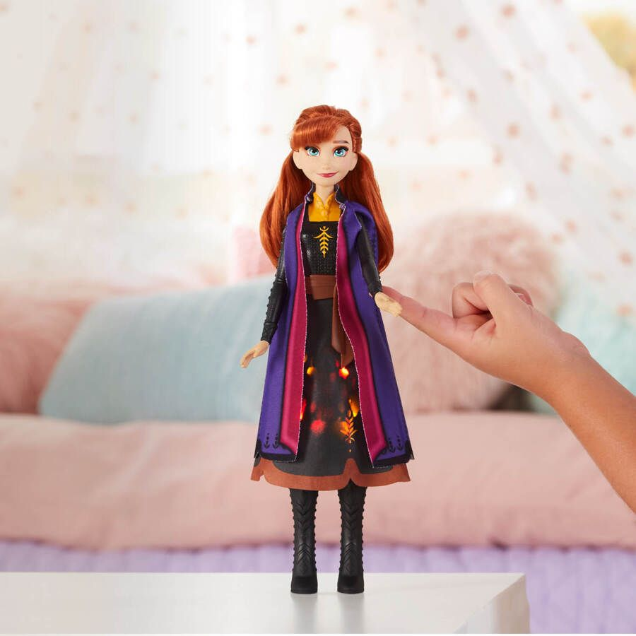 Disney Frozen 2 Svítící Anna