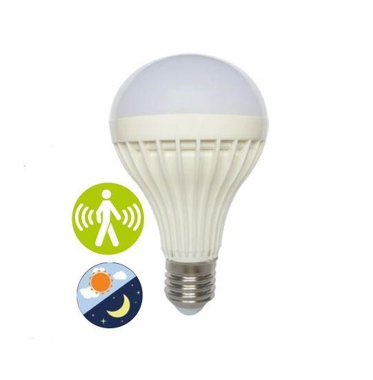 Diolamp SMD LED Smart Light-Sense A70 12W/E27/230V/3000K/960Lm/200°, soumrakový a pohybový senzor