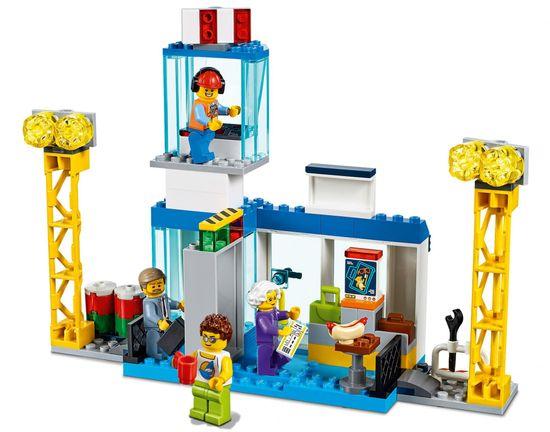 LEGO City 60261 Centralny port lotniczy