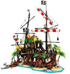 Ideas 21322 Zátoka pirátů z lodě Barakuda