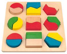 Woody tablica z kształtami geometrycznymi