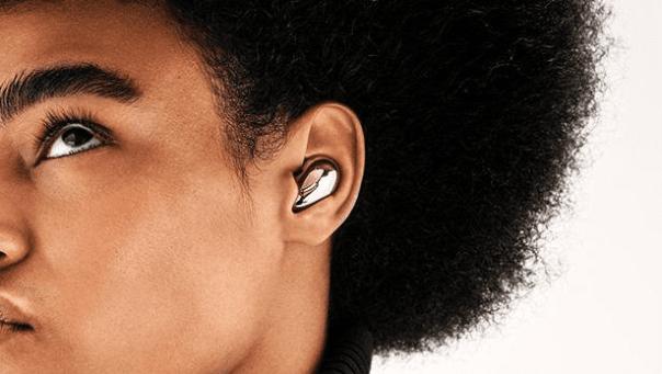 bezdrátová sluchátka Samsung Galaxy Buds Live bluetooth ergonomický tvar pohodlná prostorový zvuk