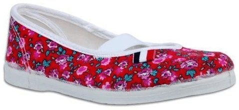 Toga lány tornacipő