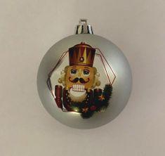DUE ESSE komplet božičnih bunkic, biserna, Hrastač, 7 cm, 8 kosov