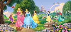 AG design Fototapeta Princezné Disney v parku 202 x 90 cm