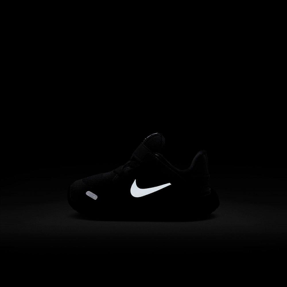 Nike dětská obuv Nike Revolution 5 FlyEase CQ4651-004 27, černá