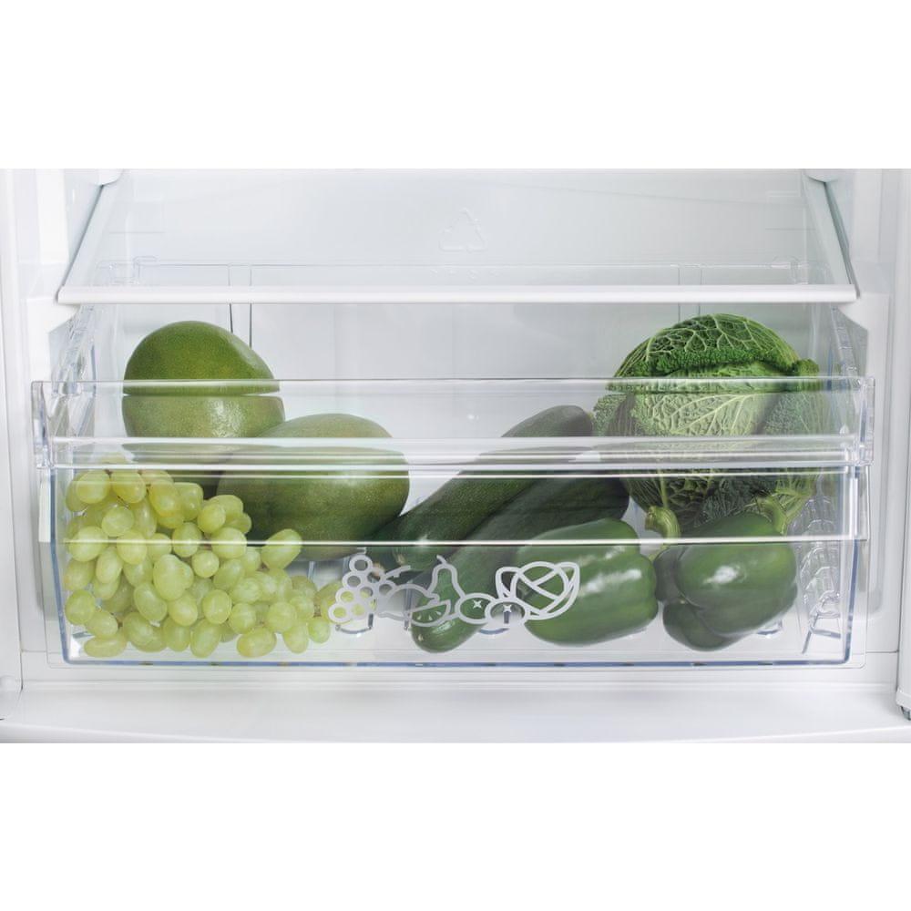 Zanussi lednice s mrazákem ZRA 17800 WA
