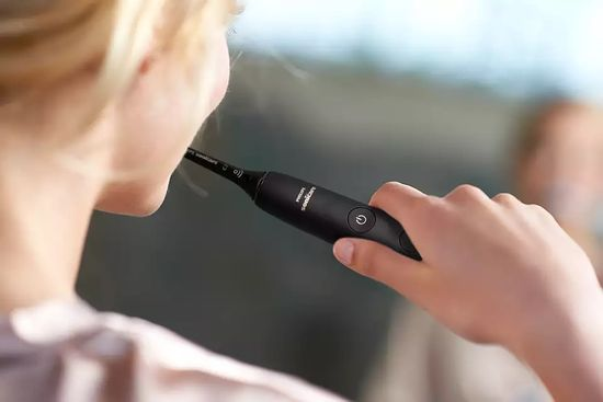 Philips Sonicare DiamondClean 9000 sonična električna zobna ščetka z aplikacijo (HX9911/09)