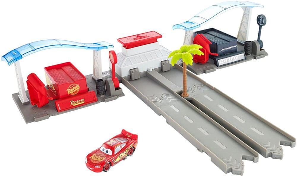 Mattel Cars 3 herní set Florida Speedway Pit Stop