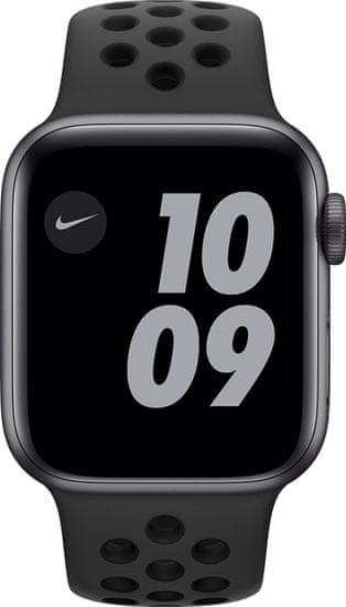 Apple Watch Nike Series 6 pametni sat, 40 mm, svemirsko sivo aluminijsko kućište sa crnom sportskom trakom