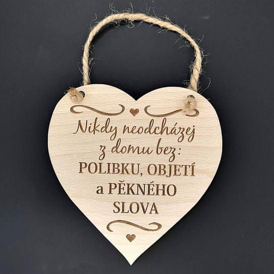 AMADEA Dřevěné srdce s textem Nikdy neodcházej z domu bez polibku,..., masivní dřevo, velikost 16x15cm