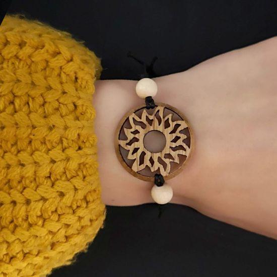 AMADEA Dřevěný náramek kulatý - slunce, 3 cm