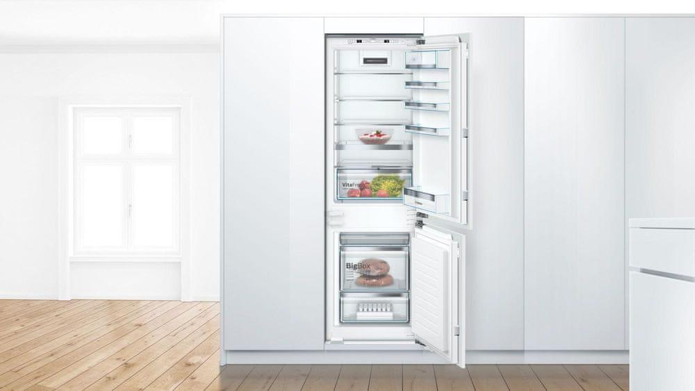 Bosch vestavná lednička KIS86ADD0