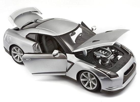 BBurago model 2009 Nissan GT-R 1:18, srebrn