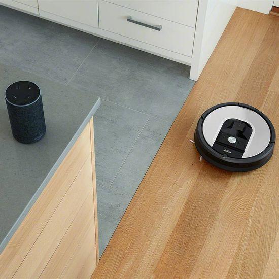 iRobot Roomba 971 robotski sesalnik