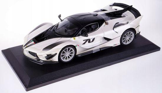 BBurago model 1:18 Ferrari TOP FXX-K EVO No.70 biały/czarny