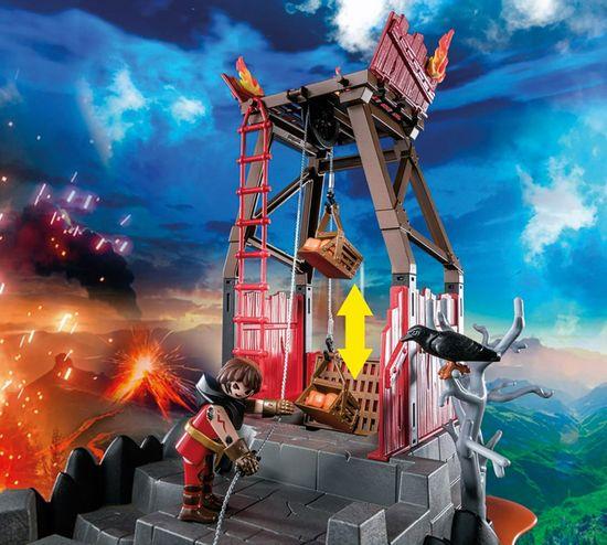 Playmobil Burnham Raidersi in ognjena luknja (70390)