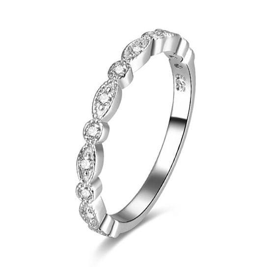 Beneto Srebrni prstan z cirkoni AGG167 srebro 925/1000