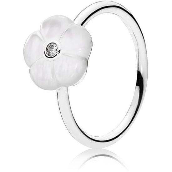 Pandora Romantický prsten s bělostným květem 190999MOP stříbro 925/1000