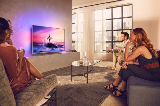 Philips 65PUS8535 4K UHD LED televizor, Ambilight, Android TV