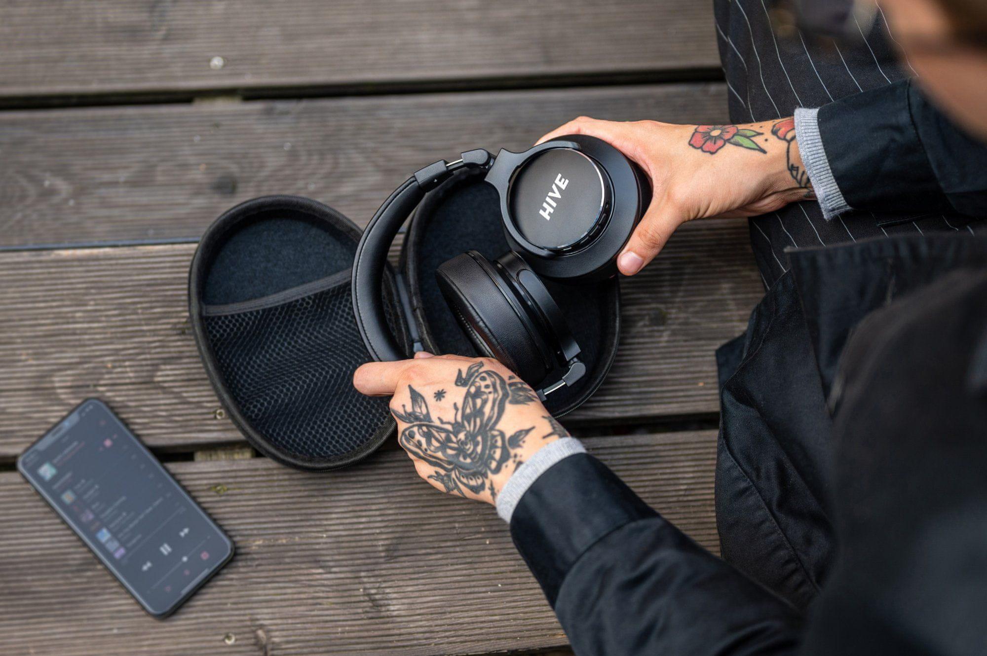 prenosne brezžične slušalke niceboy hive 3 aura anc ancd tehnologija aktivnega odpravljanja šuma 50 ur trajanja baterije hitro polnjenje zložljiv mehki letalski adapter odličen zvok maxxbass tehnologija avdio kabel v paketu aac sbc kodeki mikrofon za prostoročno klicanje podpora glasovnemu asistentu