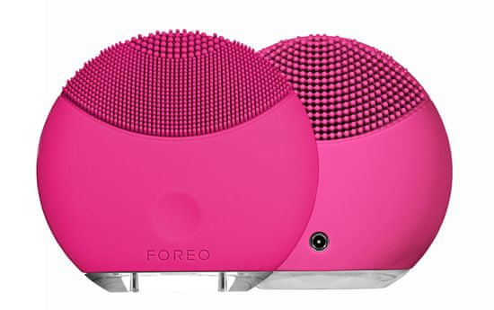 FOREO Luna Play Plus Magenta sonična naprava za čiščenje obraza, roza, z USB priključkom