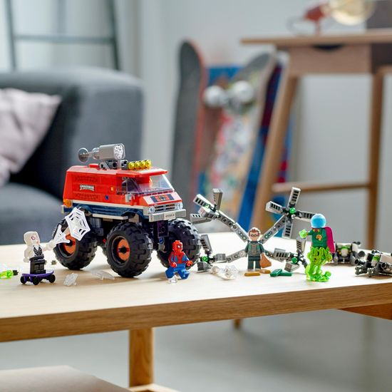 LEGO Super Heroes 76174 Spider-Man v monster tovornjaku vs. Mysterio