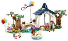 LEGO Friends 41447 Park v mestu Heartlake