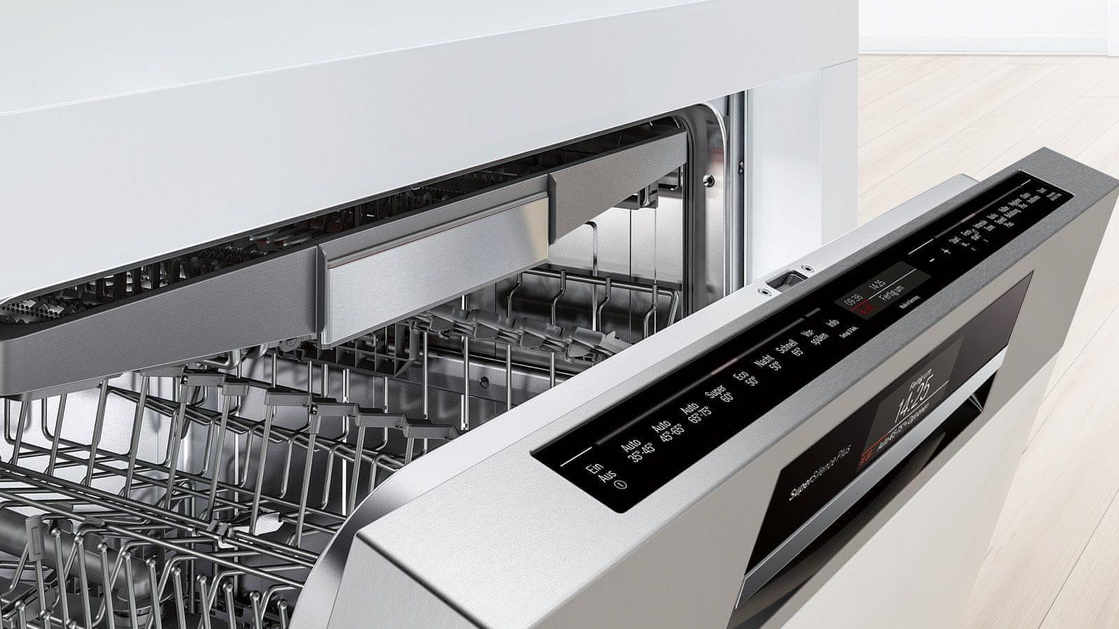 Enostavno čiščenje po zaslugi dodatnega pribora, ki ga lahko pomivate v pomivalnem stroju