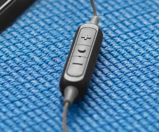 KOSS brezžične slušalke The Plug Wireless, črna