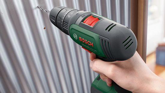 Bosch UniversalImpact 18 akumulatorski izvijač, 2× 1,5Ah (06039D4102)