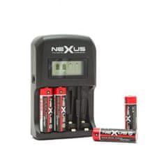 Nexus Polnilnik baterij z LCD zaslonom 12V/220V