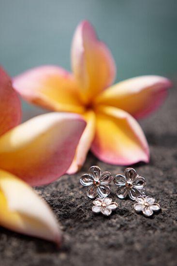 Hot Diamonds Srebrni uhani z diamanti Pozabi me ne DE617