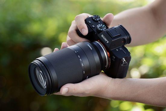 Tamron objektiv 70-300mm, F/4,5-6,3 DI III, RXD, za fotoaparate Sony FE (A047FE)
