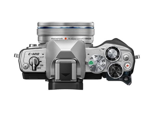 Olympus E-M10 III S 14-42 EZ Pancake Kit Silver fotoaparat