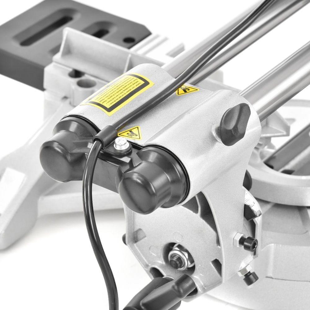 Hecht 828 Pokosová pila s laserem 1800 W