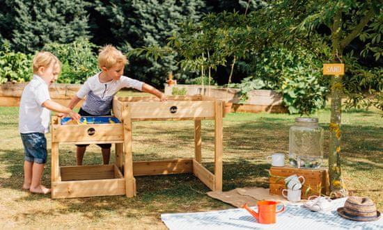 PLUM leseni mizi za igranje 2v1